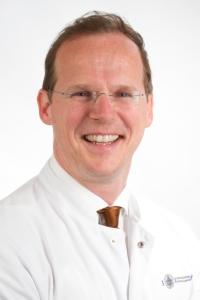 Dr, Smeets