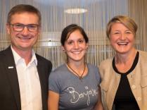 Markus und Margot Pump von ZPP mit der Gewinnerin Jaqueline Obwegeser aus Vorarlberg